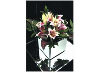 Elli Cawse Floral Designs exhibit at Oakwood House Wedding Fayre