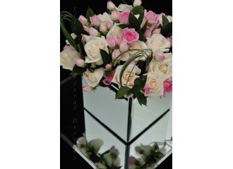 Elli Cawse Floral Designs is Oakwood Houses recommended Florist