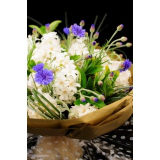 Seasonal Blue & White Presentation Flowers