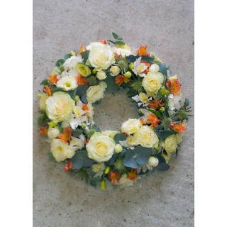 Apricots & Creams Loose Wreath