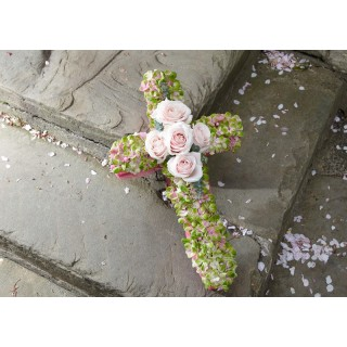 Light pink & Green Small Cross ECRS01