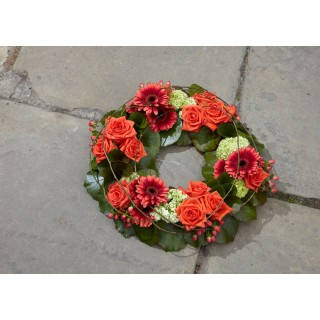 Natural Cluster Wreath