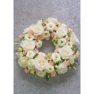 Peaches & Creams Loose Wreath