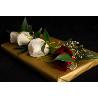 Rose Buttonhole W